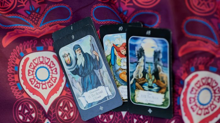 How To Get Fierce Yes or No Answers Reading Tarot Cards: Feel Enlightened