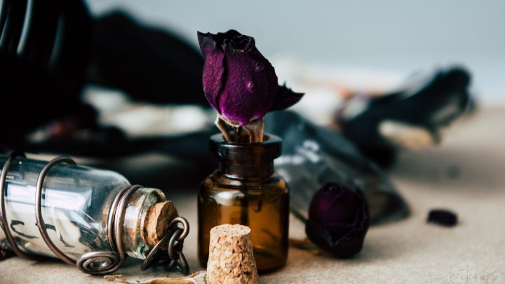 How To Make An Awesome Protection Spell Jar Using These 7 Simple Things