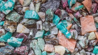 crystals you can use to manifest money