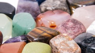 crystals that manifest money into your life